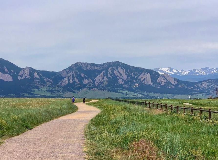 Davidson Mesa Trails Flatiron Mountain views Boulder